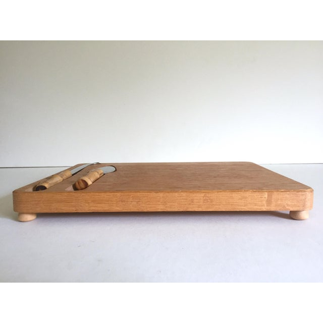 Bamboo Vintage Mid Century Modern Japan Fruit / Cheese Board & Bamboo Knives - 3Pc Serving Set For Sale - Image 7 of 13