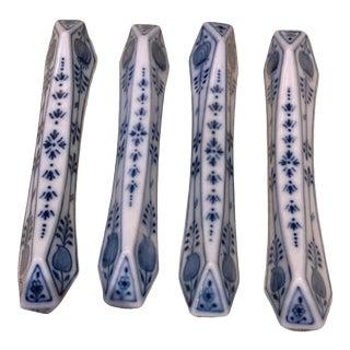 """Meissen Blue Onion """"Sword"""" Backstamp Knife Rests, Germany - Set of 8 For Sale"""