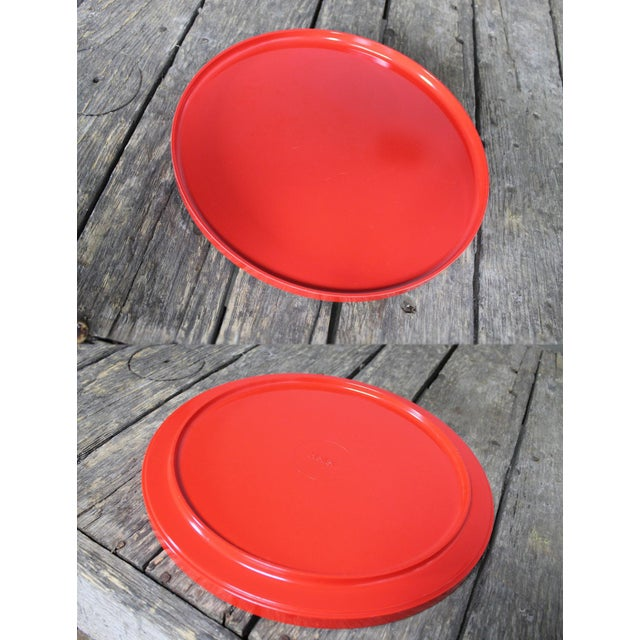 Mid-Century Red & White Ice Bucket, Tumblers and Tray Beverage Set For Sale - Image 10 of 11