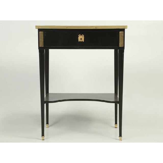 Antique French Louis XVI Style End or Side Table in an Ebonized Mahogany Finish For Sale In Chicago - Image 6 of 10