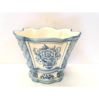 20th Century Spanish Blue White Cache Pot, Scalloped Edges & Hand-Painted Fleurs Preview