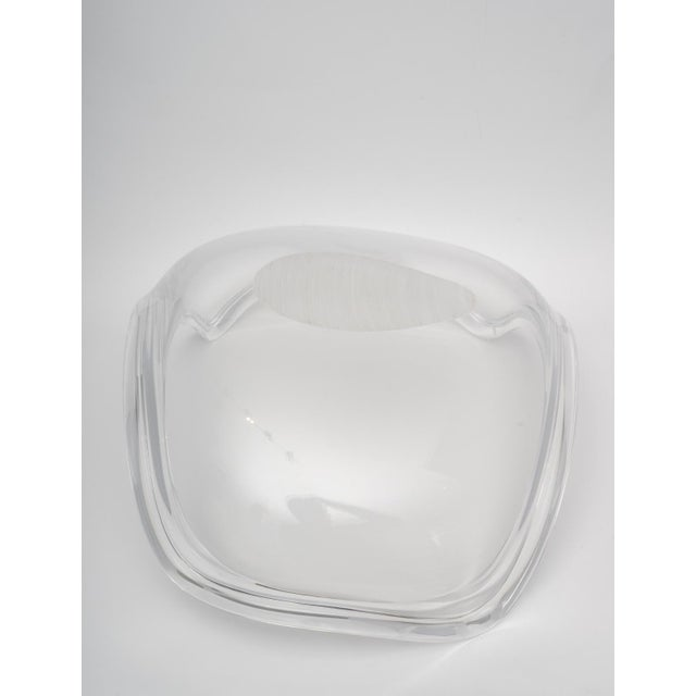 1970s Large Scale Lucite Bowl by Ritts of La For Sale In West Palm - Image 6 of 8