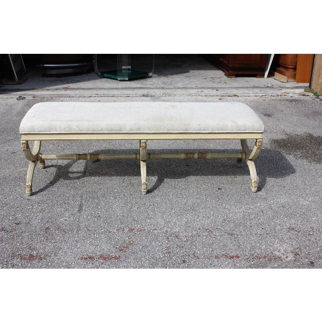 French 1900s Vintage Long French Louis XVI Barrel Legs Seating Bench For Sale - Image 3 of 13