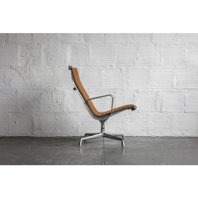 Eames Aluminum Group Lounge Chair - Image 4 of 8