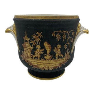 French Porcelain Cache Pot With Chinoiserie Scene For Sale
