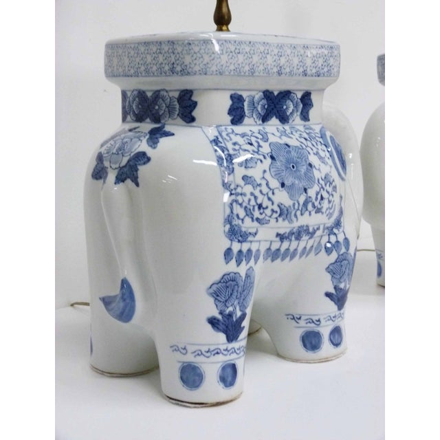 Chinese Blue & White Elephant Table Lamps - A Pair - Image 5 of 10