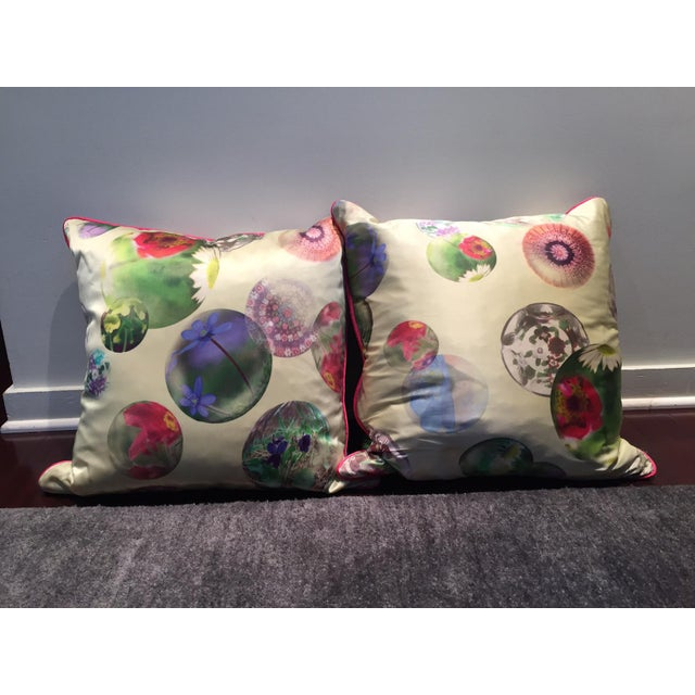 Pair of contemporary silk printed pillows with contrasting pink trim. Pillows have a pretty abstract/asian modern pattern...