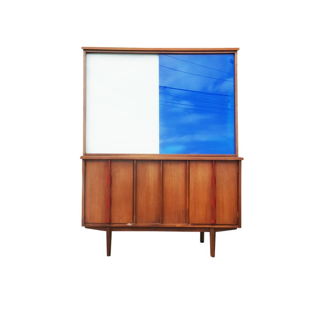 1970s Mid-Century Modern/Brutalist Display Cabinet/Hutch For Sale