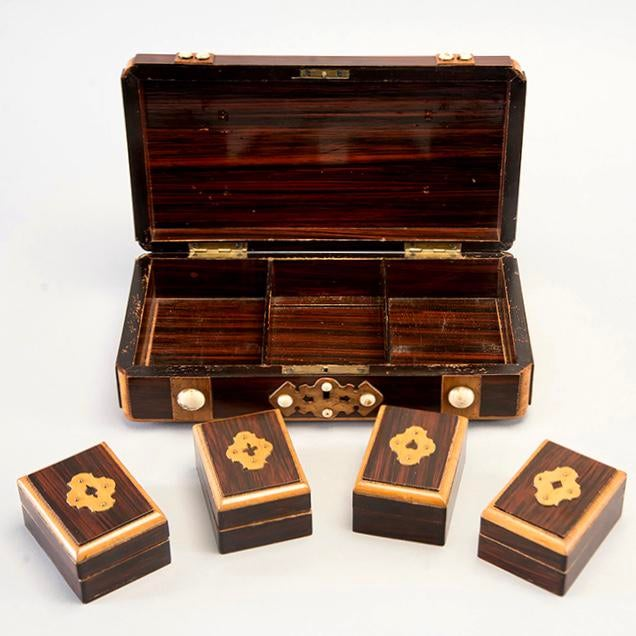 Art Deco French Inlaid Mahogany Game Box With White Stones For Sale - Image 3 of 7