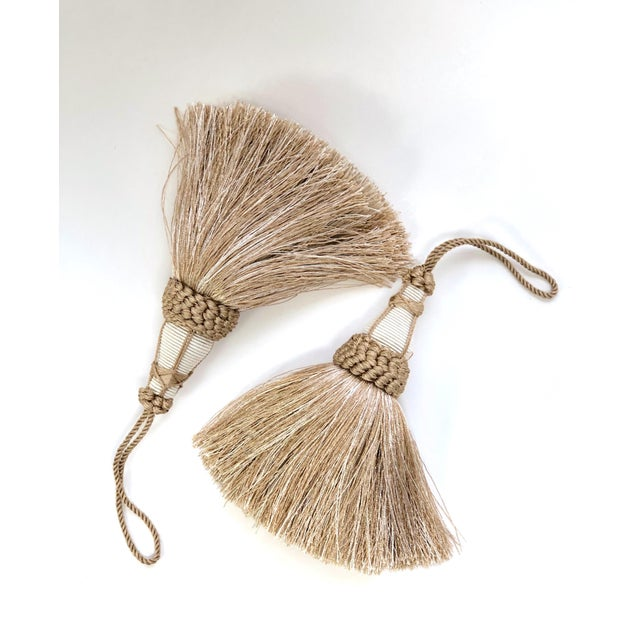 Sand Tan and White Key Tassels With Looped Ruche Trim - a Pair For Sale - Image 8 of 10