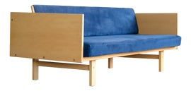 Image of New York Daybeds