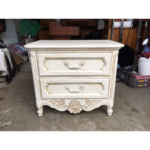 Hickory Manufacturing Company French Nightstands- A Pair - Image 5 of 11