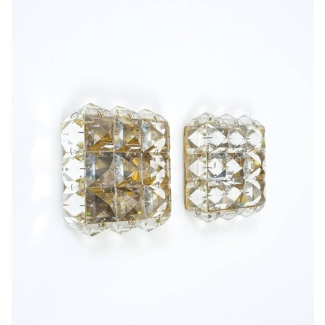 1950s Pair of Crystal Glass and Brass Sconces in the style of Lobmeyr For Sale - Image 5 of 8