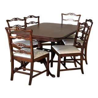 Vintage Traditional Mahogany Dining Set - 5 Pieces For Sale