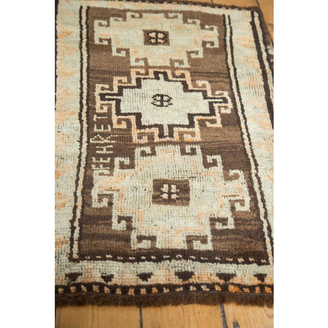 "Vintage Oushak Rug Mat- 2'1"" x 2'11"" For Sale - Image 5 of 6"