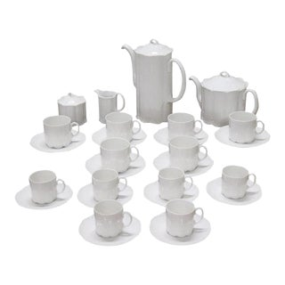 German White Porcelain Tea and Coffee Set by Rosenthal Group 28 Pieces For Sale