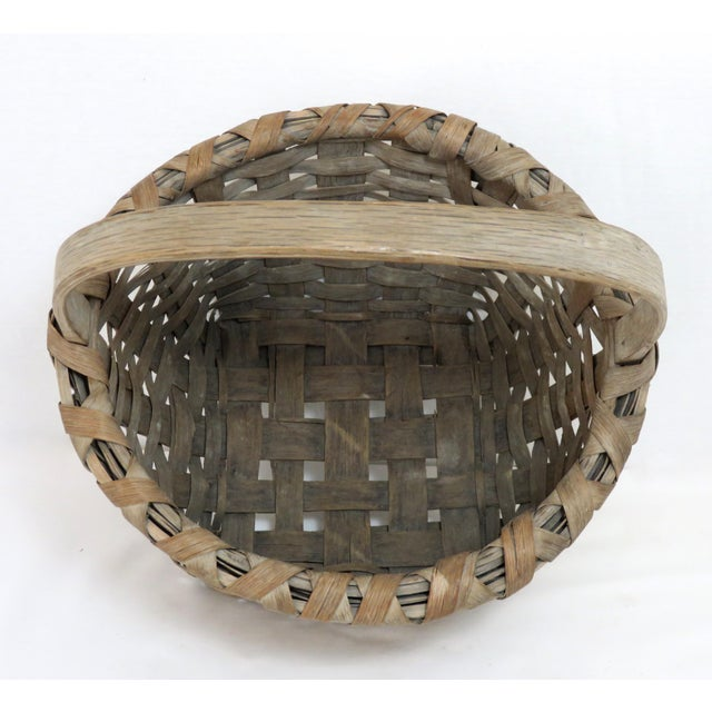 1900s Country Style Gray Basket For Sale - Image 4 of 13