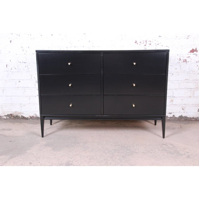 Contemporary Paul McCobb Planner Group Mid-Century Modern Black Lacquered Six-Drawer Dresser, Newly Restored For Sale - Image 3 of 13