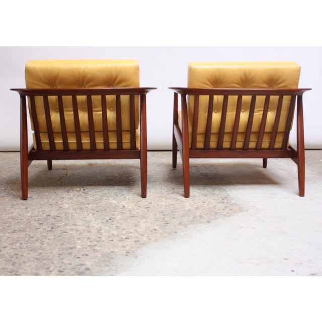 Folke Ohlsson for Dux Swedish Modern Leather and Teak Lounge Chairs- A Pair For Sale In New York - Image 6 of 13