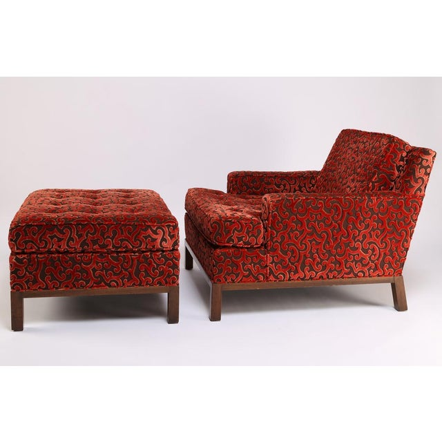 Mid-Century Modern 1960'S VINTAGE HARVEY PROBBER LOUNGE CHAIR & OTTOMAN For Sale - Image 3 of 10