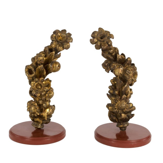 Pair of 18th Century Carved Giltwood Architectural Elements Depicting Fruit and Flowers, Italian, Circa 1700. For Sale - Image 9 of 9