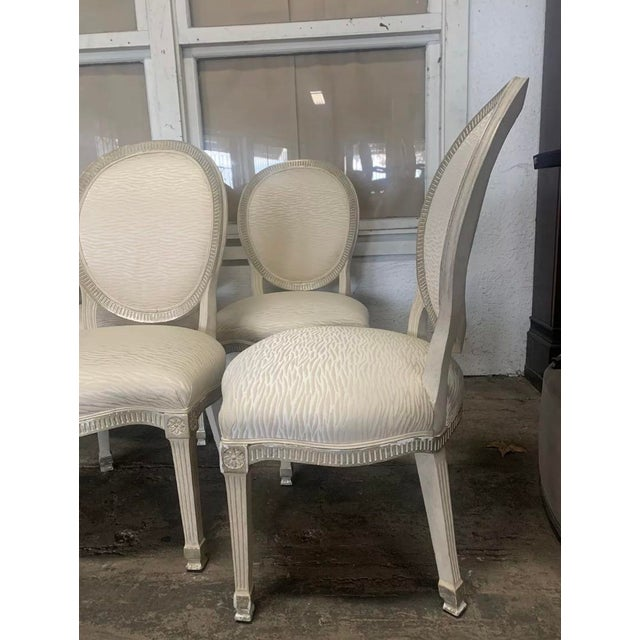 Modern Sally Sirkin Lewis for J Robert Scott - 10 Dining Chairs - Set of 10 For Sale - Image 3 of 5