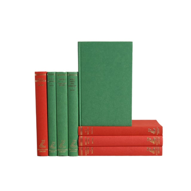 Mid-Century Modern Vintage Decorative Book Gift Set: Red & Green For Sale - Image 3 of 5