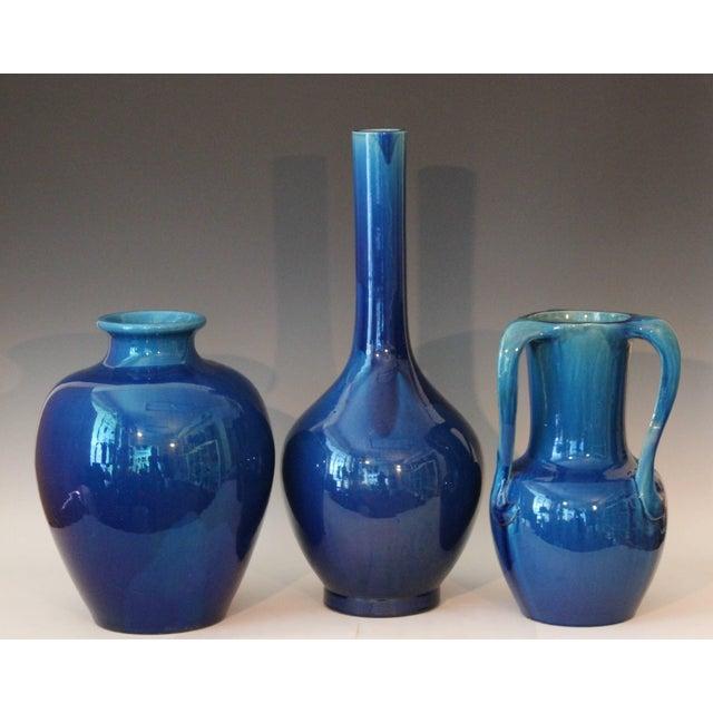 Large Kyoto Pottery Antique Art Nouveau S Handled Blue Monochrome Vase For Sale - Image 9 of 10