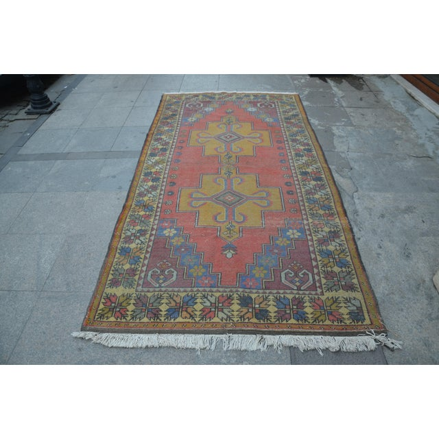 Turkish Handwoven Wool Rug - 4′7″ × 8′7″ - Image 2 of 6