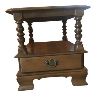 Vintage Traditional Ethan Allen Maple Rectangular End Table For Sale