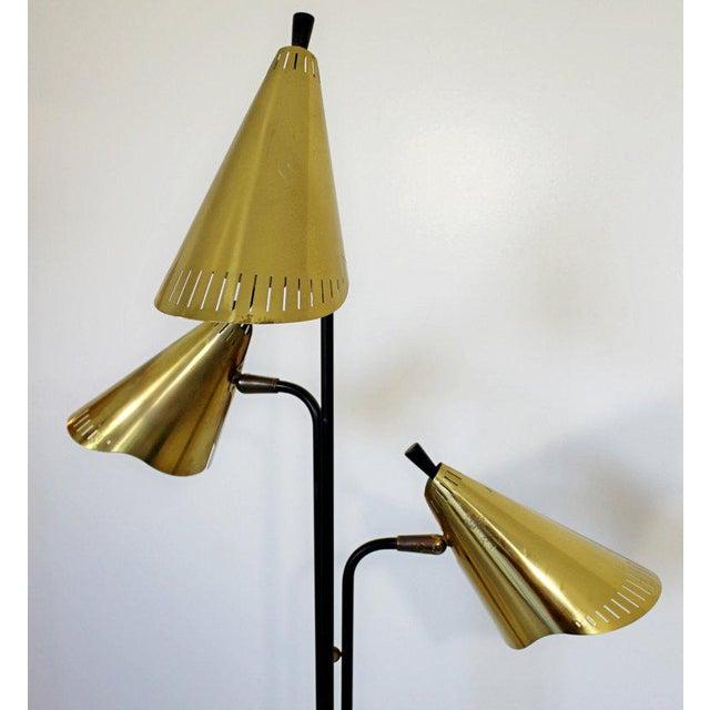 Lightolier 1960s Mid-Century Modern Gerald Thurston Lightolier 3 Headed Brass Floor Lamp For Sale - Image 4 of 7
