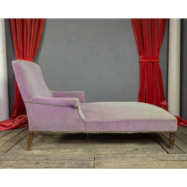 French French Faded Lavender Velvet Chaise For Sale - Image 3 of 11