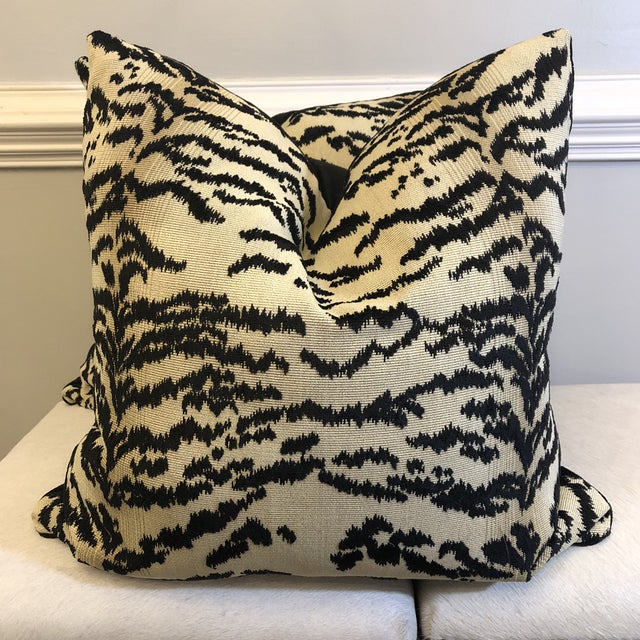 "Cowtan & Tout ""Rajah Black"" 22"" Pillows-A Pair For Sale In Greensboro - Image 6 of 6"
