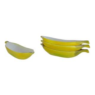 Vintage Ceramic Banana-Shaped, Ice Cream Sundae Serving Dishes - Set of 4 For Sale