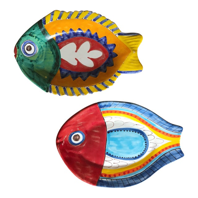 Mid Century Italian Giovanni Desimone Hand Painted Ceramic Pottery, Fish Platters, Serving Plates -A Pair For Sale