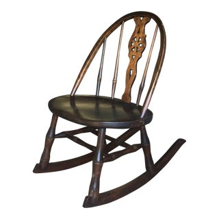Antique Primitive Windsor Style Child's Rocker Rocking Chair For Sale
