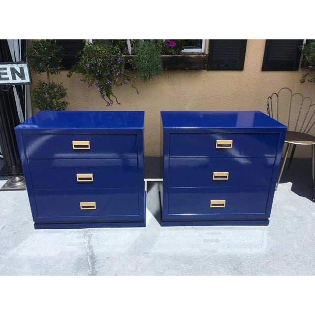 Royal Blue Modern Vintage Bachelor Chests - a Pair For Sale - Image 8 of 8