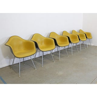 Set of 6 Mid-Century Modern Eames for Herman Miller Dax Shell Arm Chairs Preview
