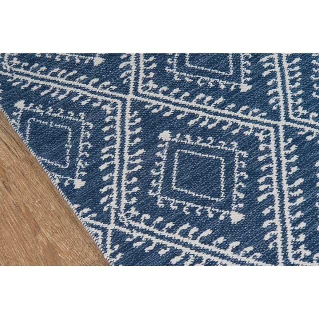 """Contemporary Erin Gates by Momeni Easton Pleasant Navy Indoor/Outdoor Hand Woven Area Rug - 5' X 7'6"""" For Sale - Image 3 of 7"""
