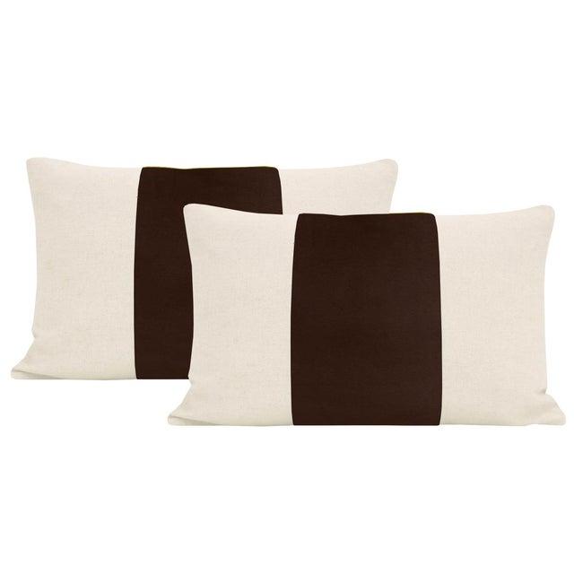 "2010s 12""x 18"" Chocolate Velvet Panel & Linen Lumbar Pillows - a Pair For Sale - Image 5 of 5"