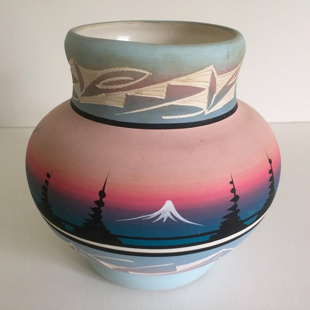 Vintage Signed Navajo Native American Pink Mesa Sunset Hand Painted Pottery Vase For Sale In New York - Image 6 of 11
