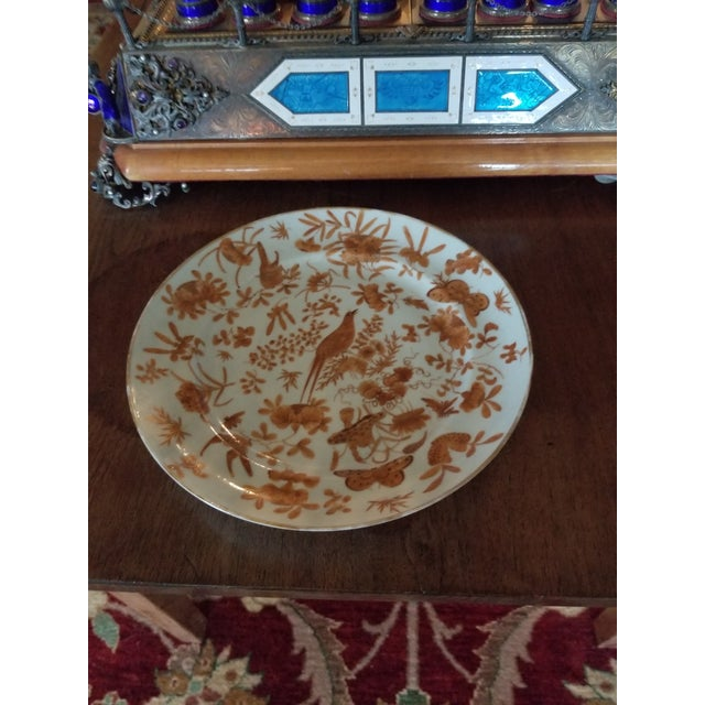 1900 - 1909 Sacred Bird and Butterfly Chinese Porcelain For Sale - Image 5 of 8