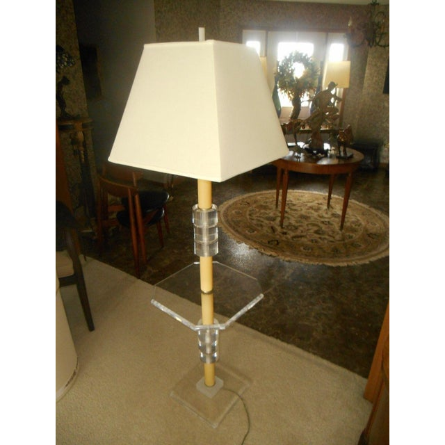 Mid-Century Modern Lucite Floor Lamp - Image 4 of 7