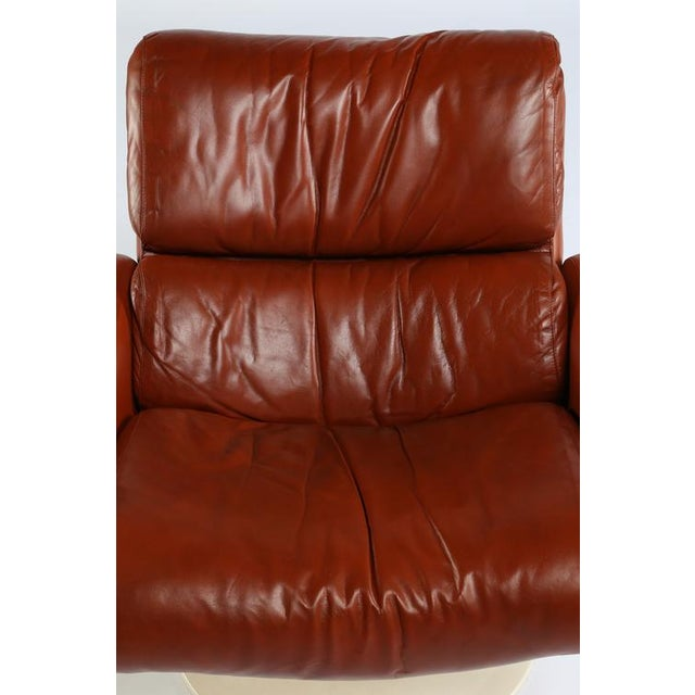 """Red 1960'S vintage YRJO KUKKAPURO """"SATURN"""" LOUNGE CHAIRS- a pair For Sale - Image 8 of 10"""