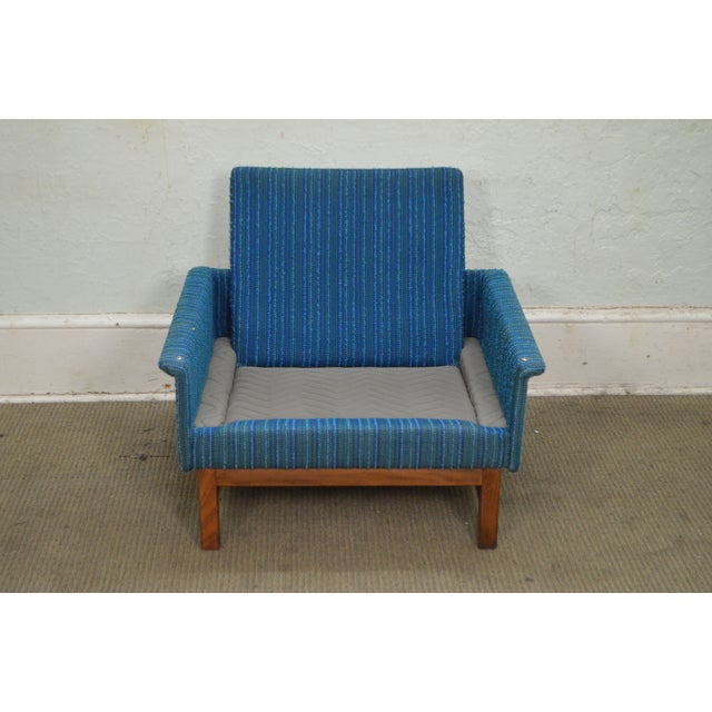 Danish Modern Mid Century Teak Frame Blue Upholstered Lounge Chair For Sale - Image 9 of 10