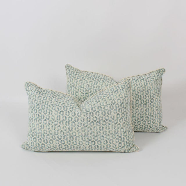 Seafoam Linen Ogee Blocked Lumbar Pillows, a Pair For Sale In Atlanta - Image 6 of 6