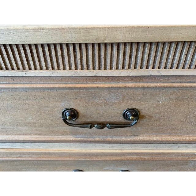 1940's American Made Mahogany Dresser For Sale In Los Angeles - Image 6 of 8