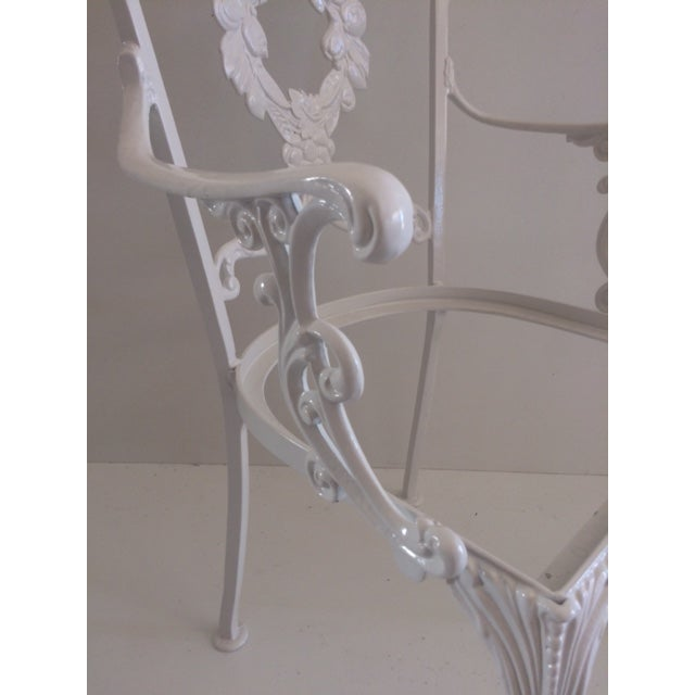Remarkable 1960S Hollywood Regency White Aluminum Patio Chair Download Free Architecture Designs Ogrambritishbridgeorg