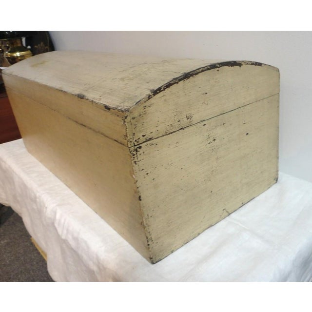 19th Century Original Cream Painted Dome Top Trunk from New England - Image 6 of 7