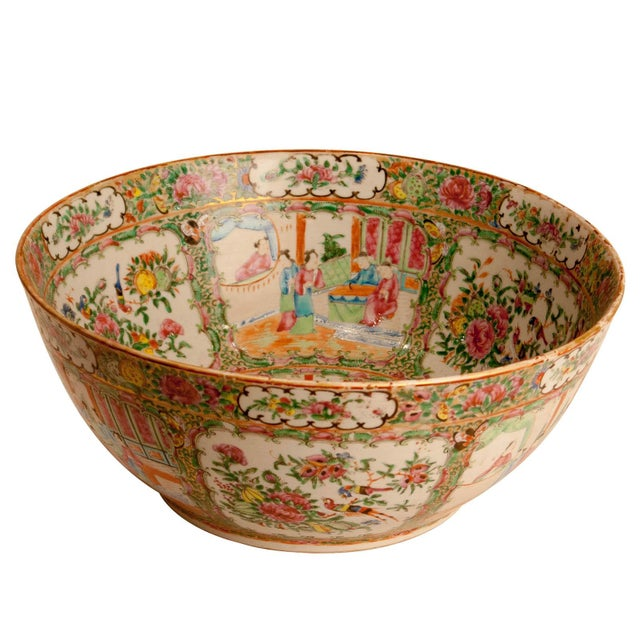 19th Century Chinese Rose Medallion Punch Bowl For Sale - Image 4 of 6